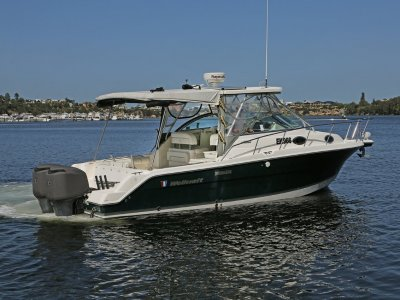 Wellcraft 290 Coastal - Wide beam provides exceptional internal space