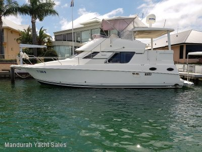 Silverton 392 Motor Yacht *** OWNER WANTS THIS SOLD *** SOLD***