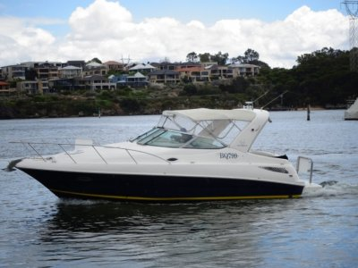 Riviera M290 Sport Cruiser GET SUMMER READY WITH A WELL PRICED VESSEL.