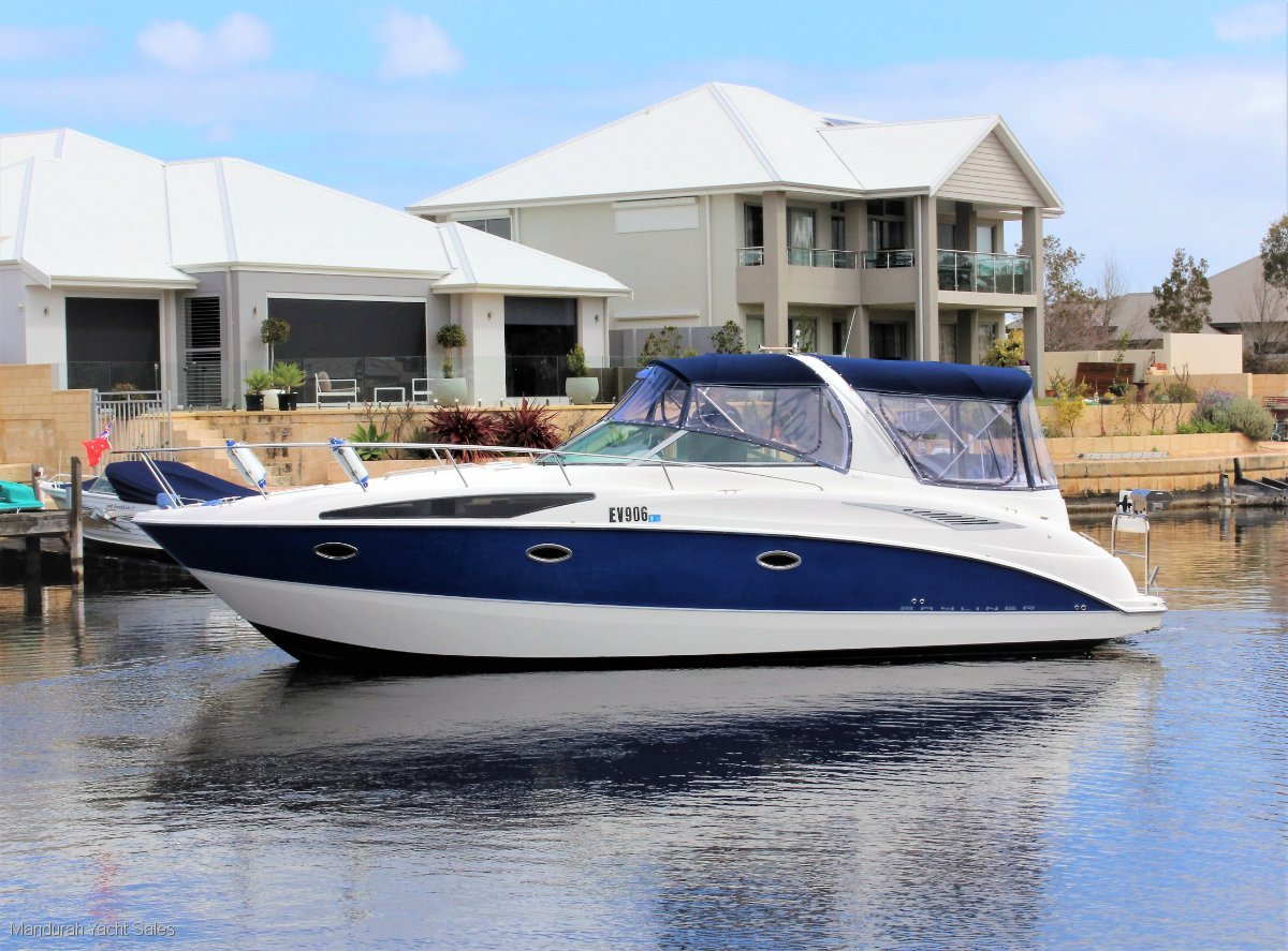 Bayliner 340 Sports Cruiser *** SERIOUSLY LOW HOURS ***