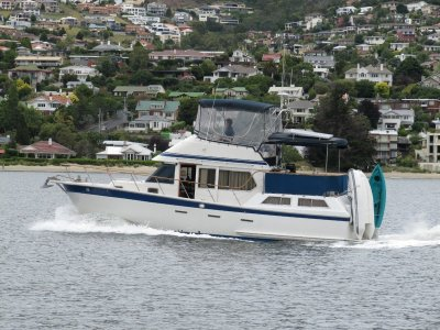 Polaris 35 Flybridge Sundeck Trawler Style SOLD IN 5 DAYS