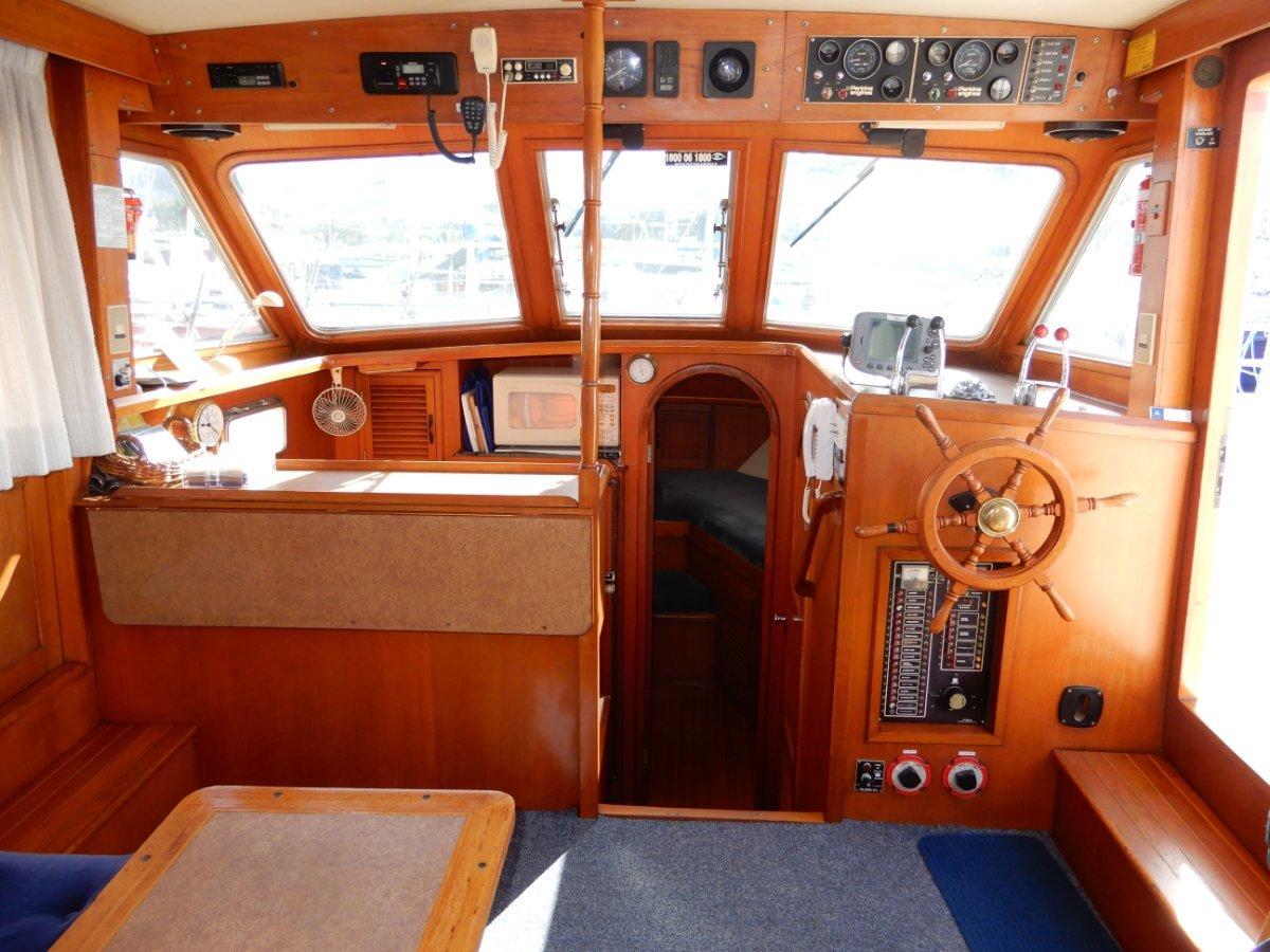 Polaris 35 Flybridge Sundeck Trawler Style SOLD IN 5 DAYS