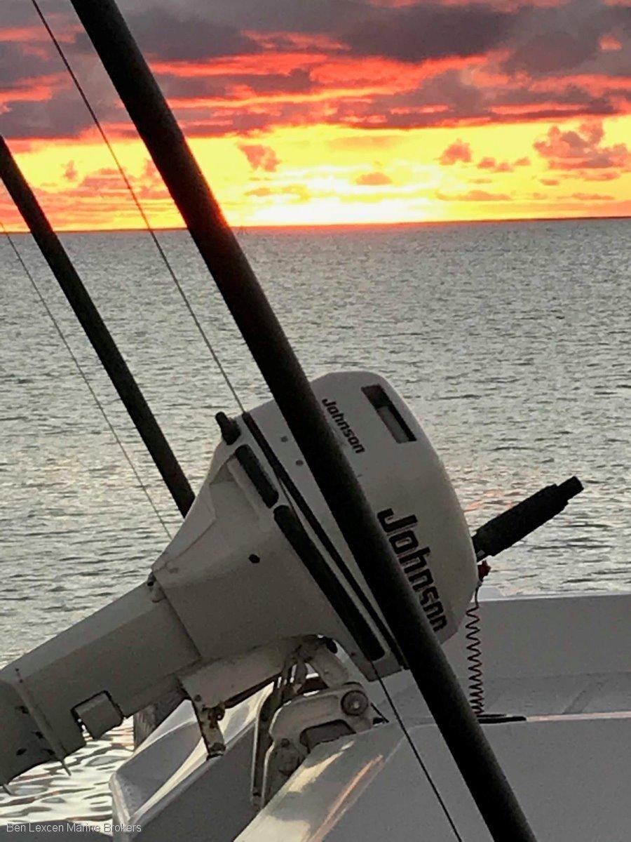 Used Calibre 2007 Ultimate Offshore Fishing Boat Loa 10 3