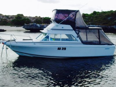 Bertram 23 Flybridge