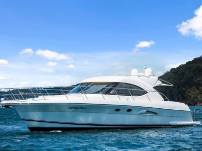 Riviera 5000 Sport Yacht AVAILABLE NOW FOR YOUR FAMILIES SUMMER BOATING!