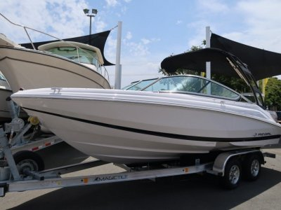 Regal 2000 ES Bowrider - 2019 MY