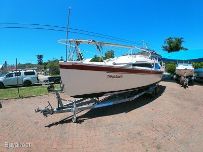 Jim Young 27 Custom trailer sailer
