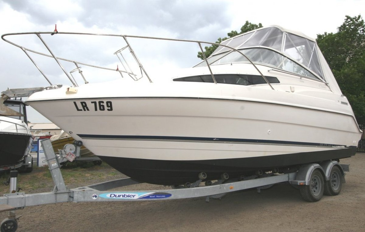 Bayliner 2355 Ciera Sports Cruiser