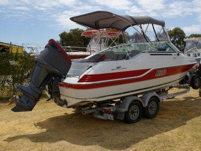 Southwind SR20 Sports runabout 2013 motor and trailer