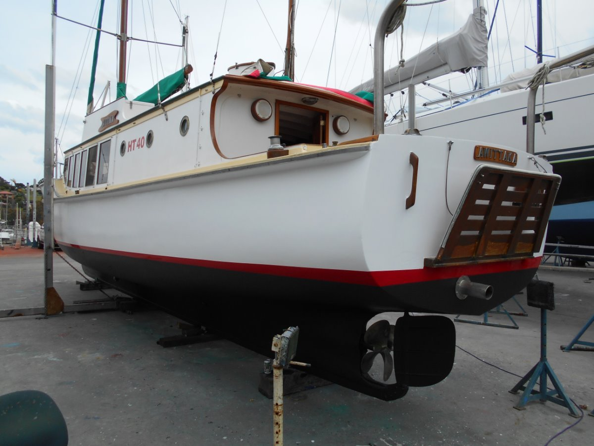 Purdon & Featherstone Classic Timber Motor Launch PART OF TASMANIAS MARITIME HISTORY