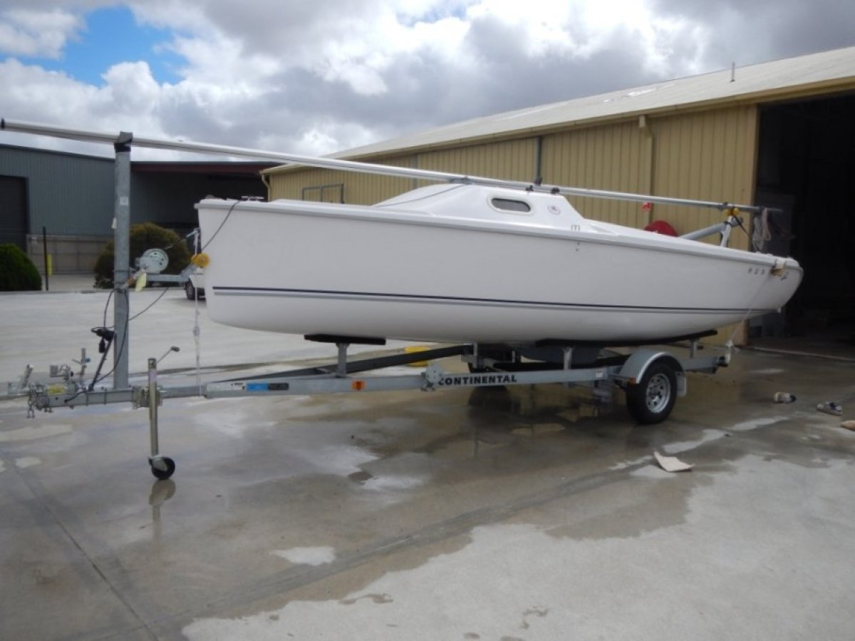 Used Hunter 22 for Sale | Boats For Sale | Yachthub