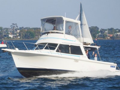 Chivers Flybridge Cruiser 32' VERY WELL PRICED TO SELL !!