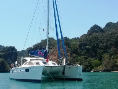 Catana 471 Owners Version