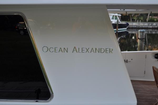Ocean Alexander 60