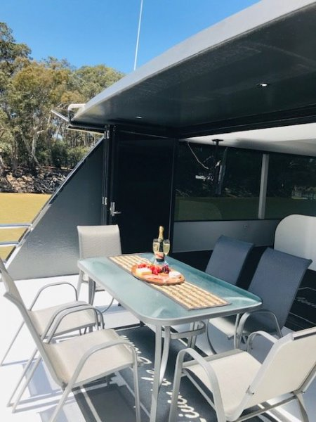 Houseboat Murray River Echuca/ Moama