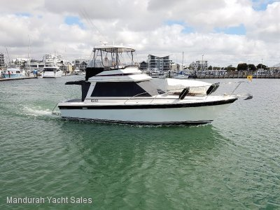 Riviera 34 Flybridge ***YANMAR 260 HP LOW HOURS***$128000***