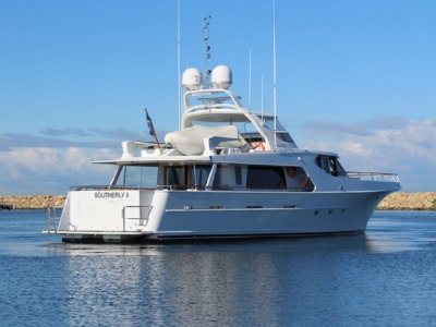 McMullen & Wing Expedition Motor Yacht