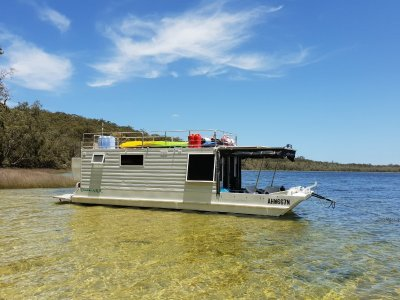 Custom Trailerable houseboat 50hp