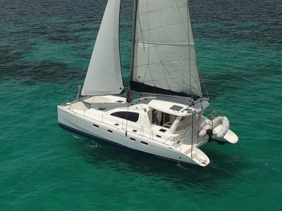 Leopard Catamarans 43 - Four cabin, four bathroom version