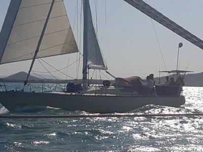 Carter 37 Cruising Yacht