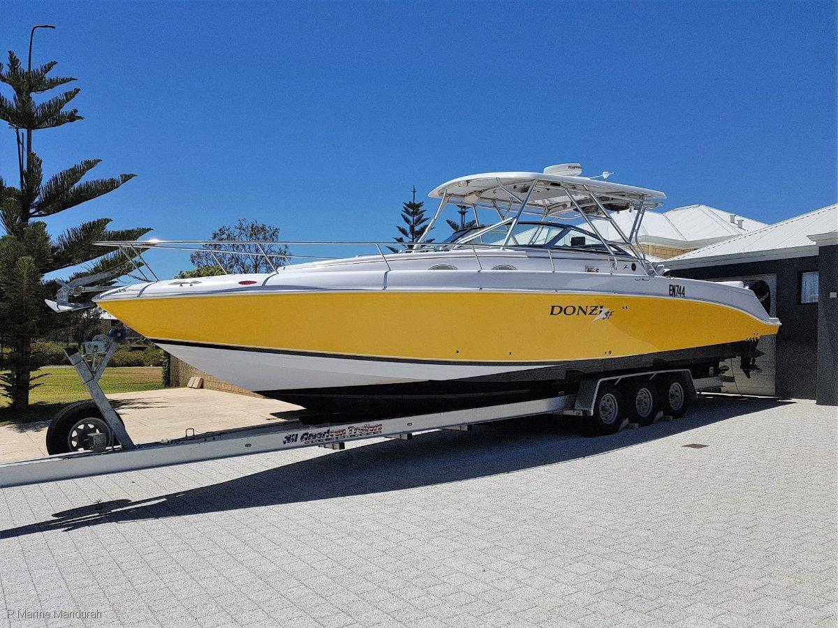 Donzi 38 ZSF Sportfish Cruiser *** BOAT MUST SELL - BE QUICK ***