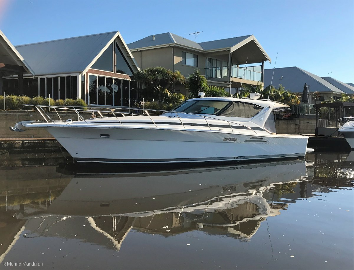 Riviera 4000 Offshore ** THE ONE YOUVE BEEN WAITING FOR ** $259,000 **