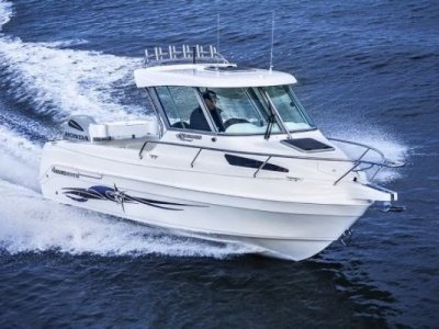 Haines Hunter 625 Offshore Hard Top