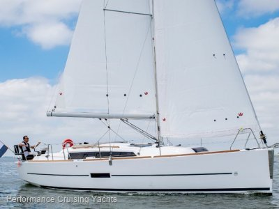 Dufour Grand Large 360 Demonstrator - Exclusive Offer