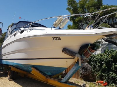 Mustang 3000 Sportscruiser Twin V6's, 240 volt genset, superb condition.