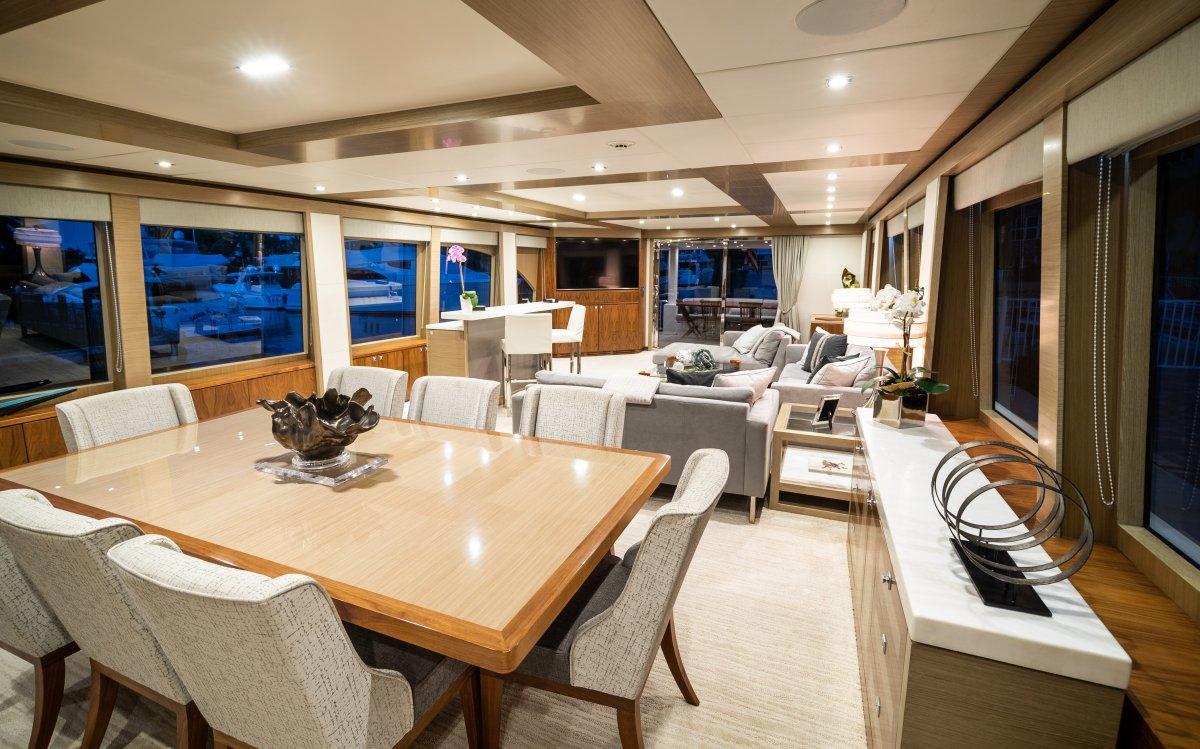 Hargrave 101 Motor Yacht