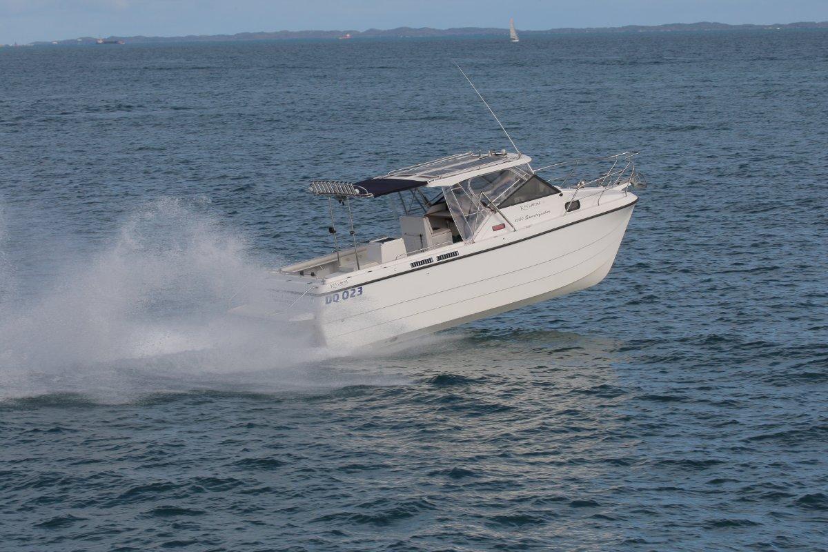 Kevlacat 3000 Sportsfisher Twin Yanmar Diesel