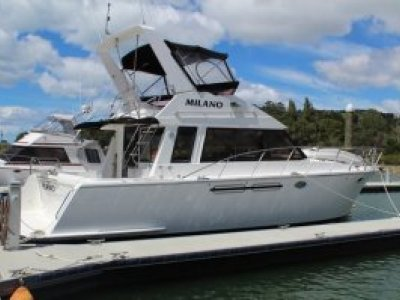 President 41 Flybridge Cruiser