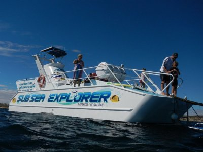 Custom Craft 30 Passenger Underwater Viewer Rottnest and Coral Bay