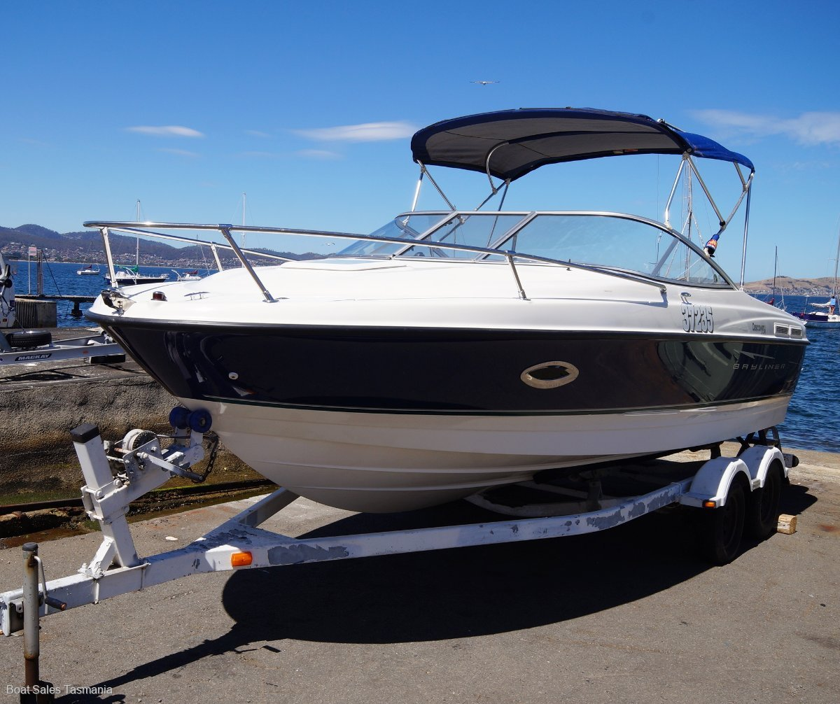 Bayliner 210 Cuddy Discovery: Power Boats | Boats Online for Sale