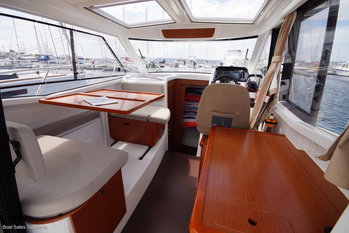 "Jeanneau Merry Fisher 855 Offshore ""Luminesce"""