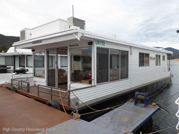 Houseboat Holiday Home on Lake Eildon, Vic.:Venezia on Lake Eildon