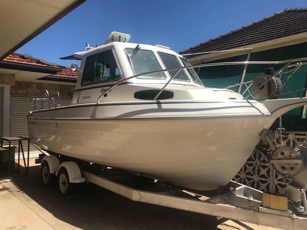 Persuader 2200 Offshore