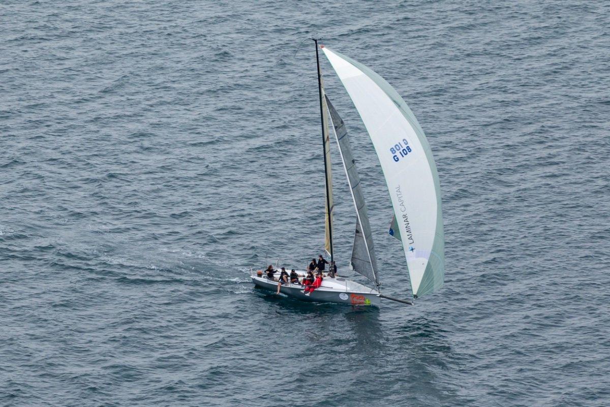 Thompson 920 Carbon Fibre Sports Boat