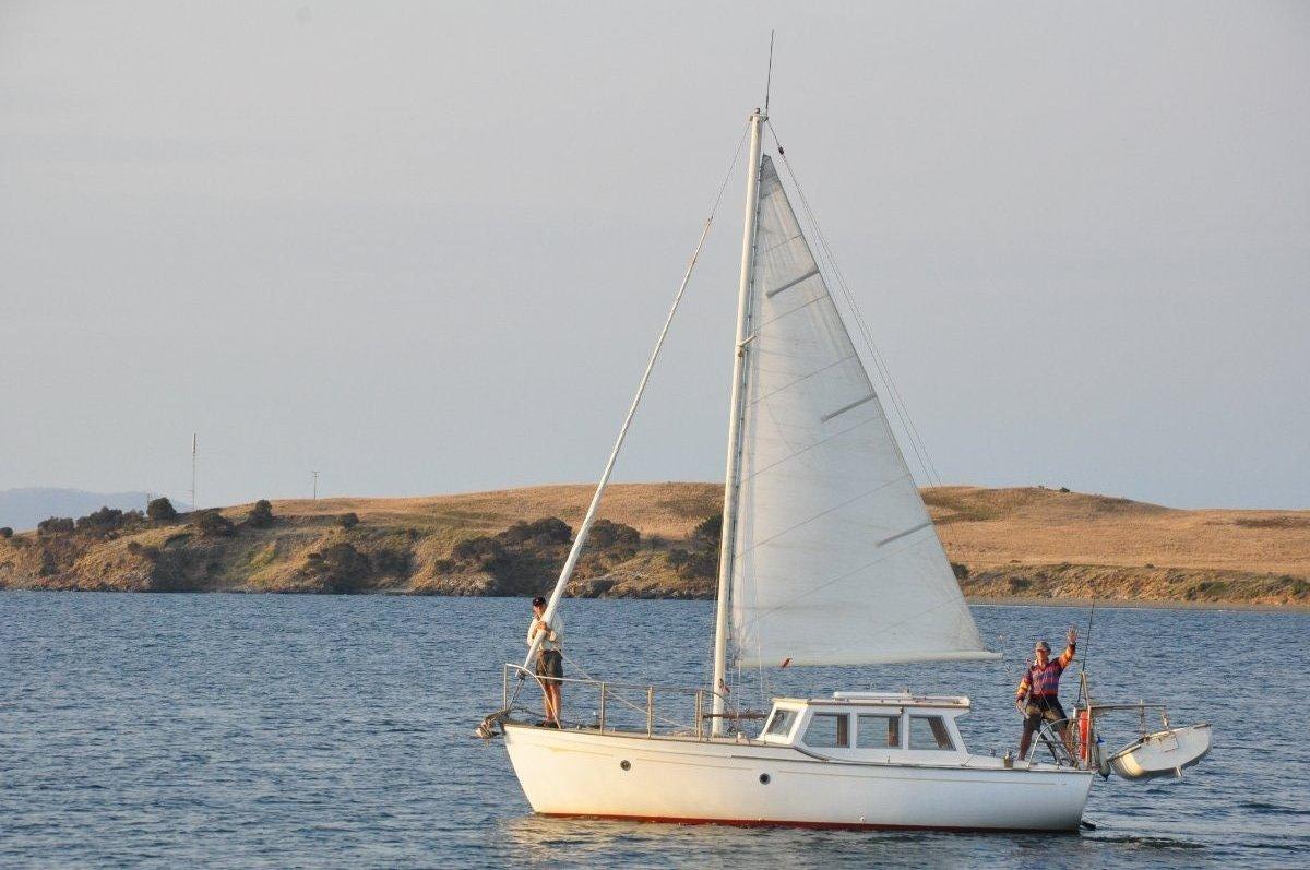 Ray Kemp Motor Sailer Huon Pine Hull:Tilikum leaving port