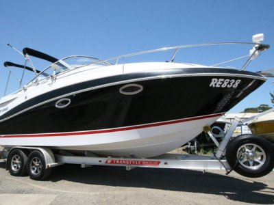 Four Winns Vista 258 Sports Cruiser