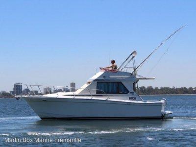 Mariner 2800 Flybridge Australian classic in excellent condition.