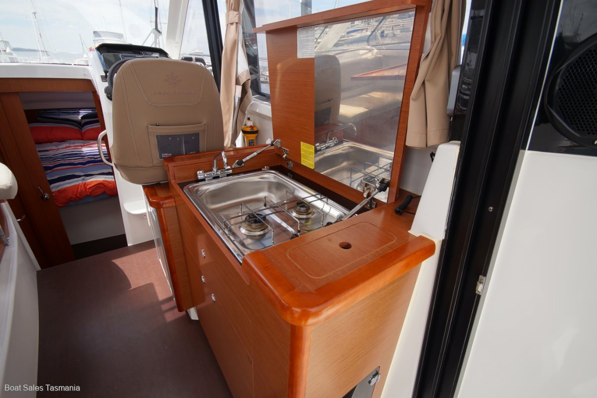 """Jeanneau Merry Fisher 855 Offshore """"Luminesce"""""""
