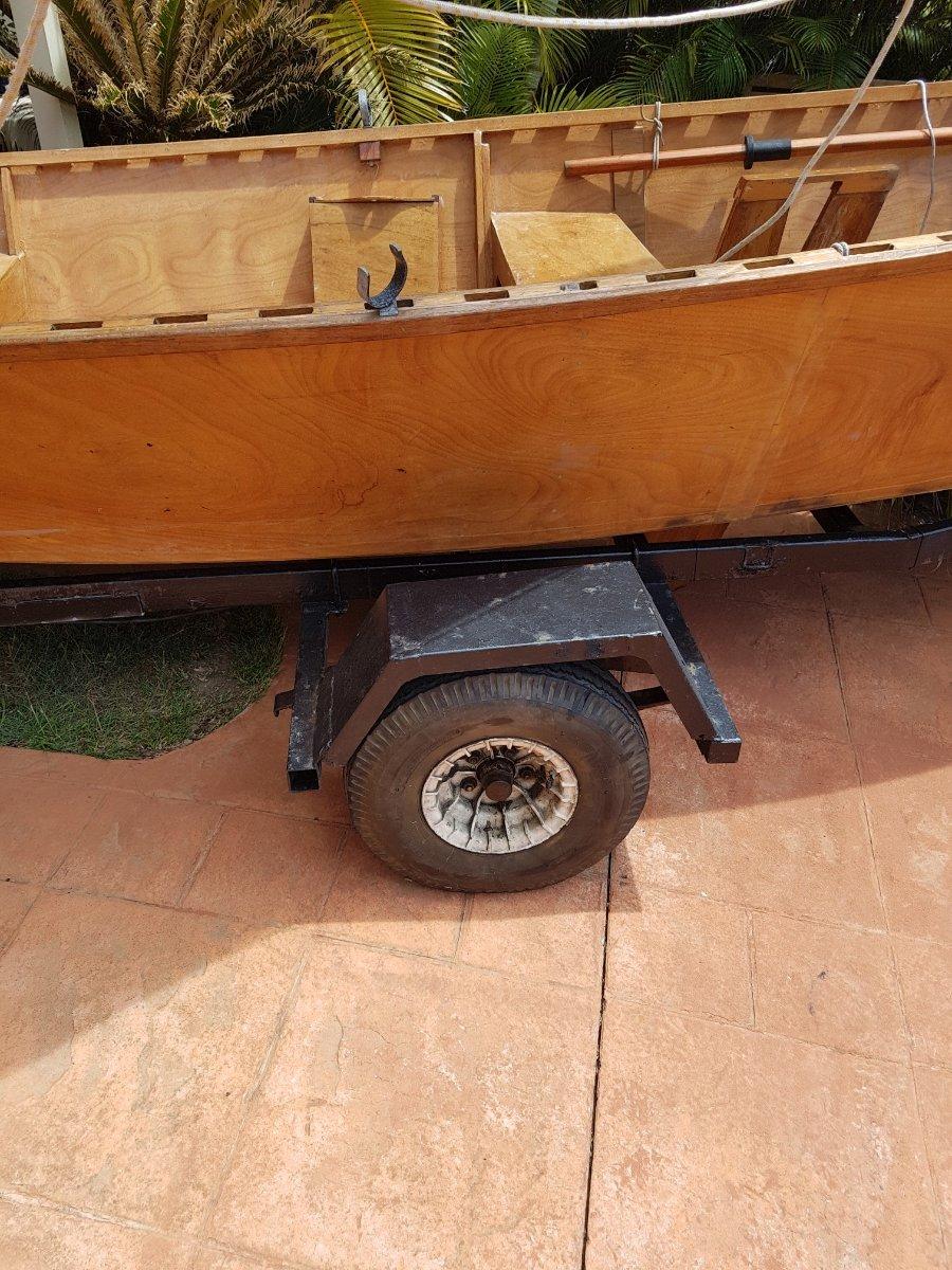 Used Goat Island Skiff Sailing Dinghy Balanced Lug-rig Dory