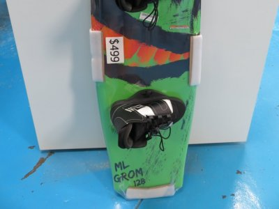 ML Grom 128 boys wakeboard