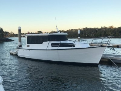 Bay Cruiser Hugh Porter 34 saloon cruiser