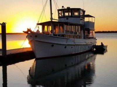 Coastal Timber Cruiser, Ex work boat