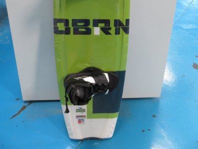 Obrien System 135 wakeboard with Ride lace up bindings