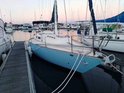 Viking 30 GREAT VALUE AND PRICED TO SELL!