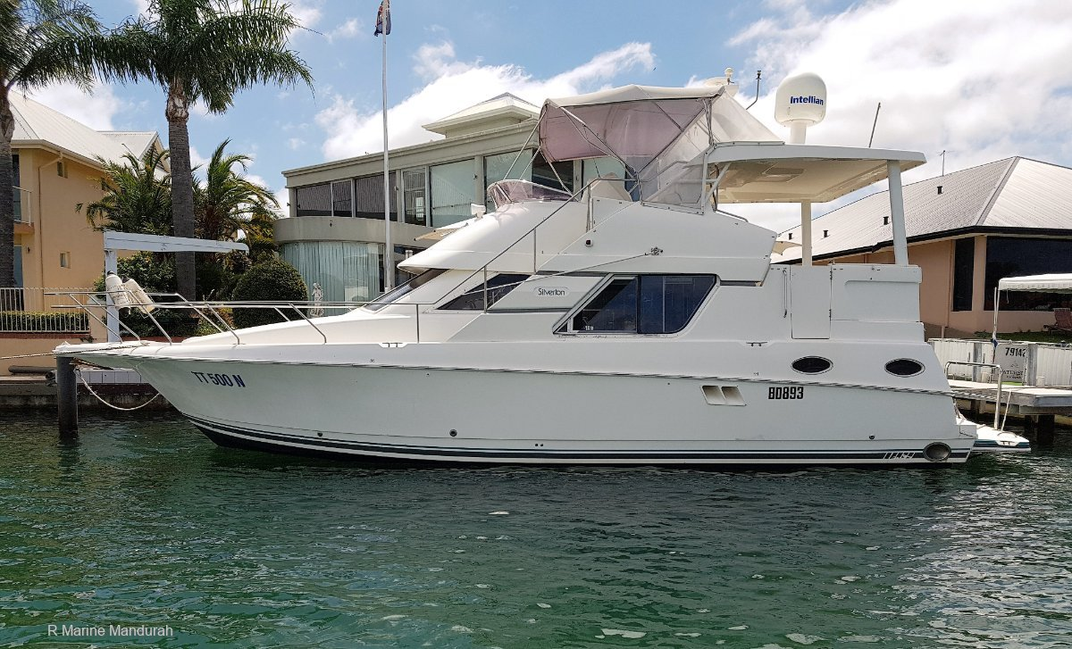 Silverton 392 Motor Yacht *** OWNER WANTS THIS SOLD *** UNDER OFFER ***