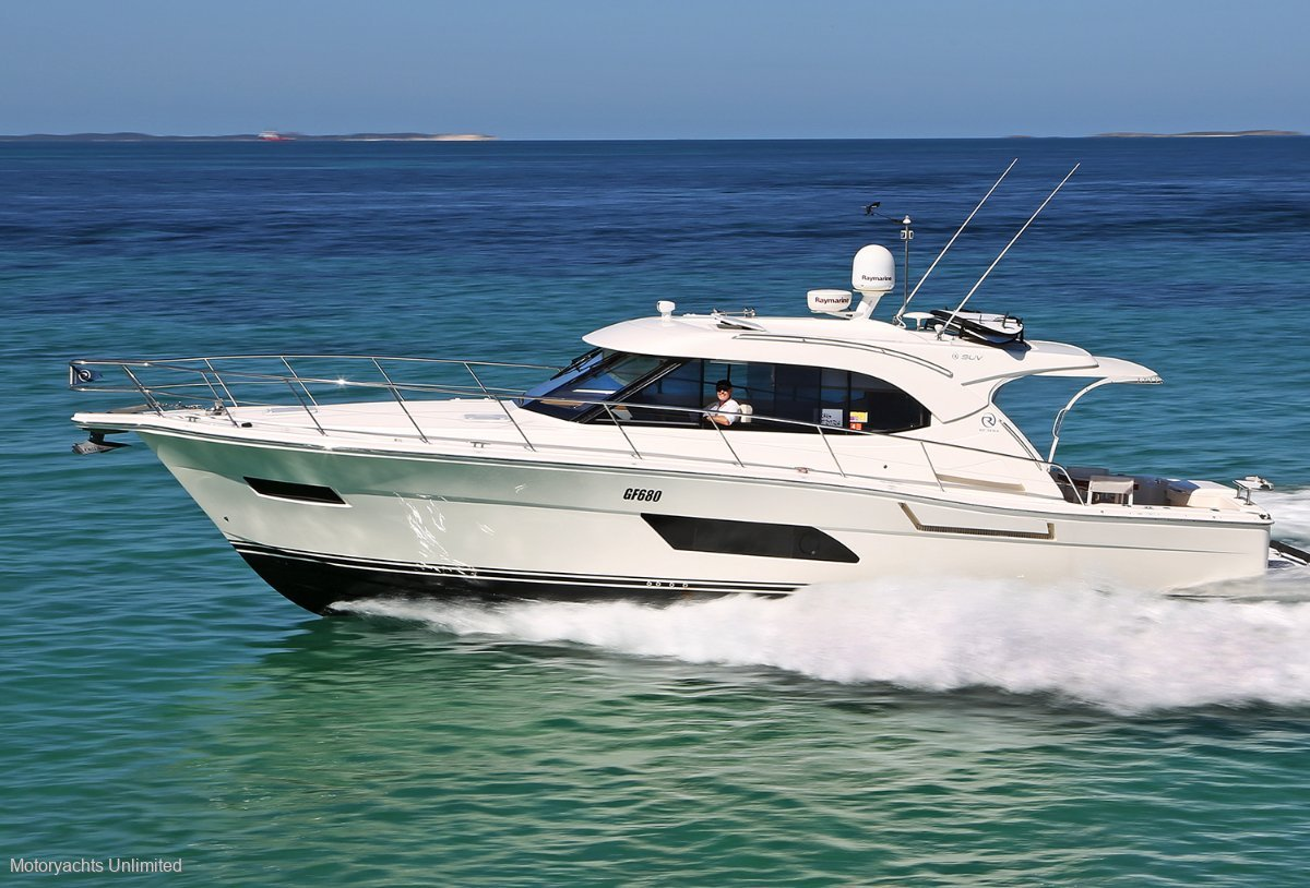 Riviera 445 SUV - Highly optioned and immaculate